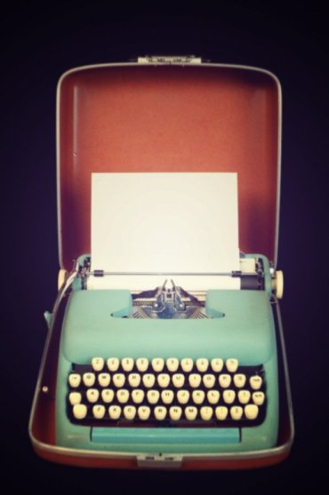 aqua typewriter vintage