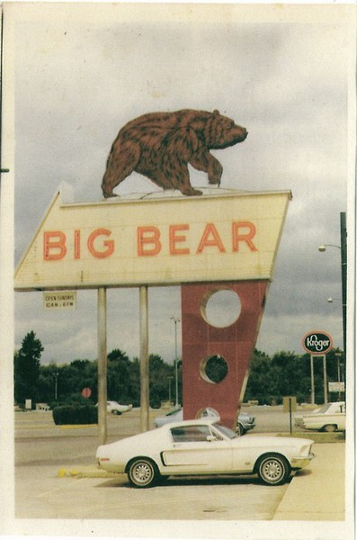 big bear sign vintage